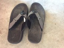 Like new girl's size 2-3 sandals in Chicago, Illinois