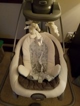 Graco Duetsoothe Baby swing in Glendale Heights, Illinois