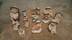 Dreamsicle Cherub Figures in Lake Elsinore, California