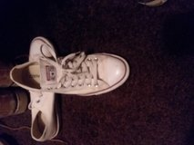 White converse all stars size 10 in 29 Palms, California