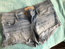 Hollister size 3 shorts in Okinawa, Japan