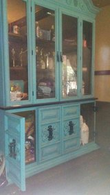 Beautiful China Cabinet in El Paso, Texas
