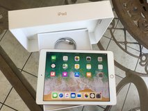 "Apple I-Pad ""New"" 6th. Gen. Wi-Fi+Cell in Fort Leonard Wood, Missouri"