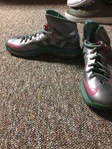 Nike Shoes made off the website in Joliet, Illinois
