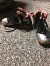 Melon, silver and black Nike (made on Nike website) in Joliet, Illinois