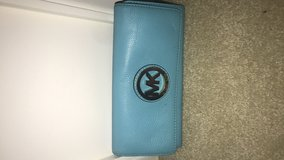 Michael Kors Wallet in Fort Belvoir, Virginia