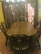 Kitchen Table w/ 6 Chairs in St. Charles, Illinois