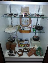 Earrings & Necklaces in Yucca Valley, California