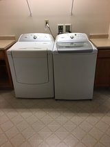 Whirlpool Cabrio washer And Dryer in Fort Drum, New York