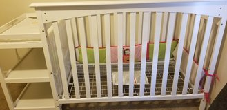 Crib w/changing station in Leesville, Louisiana