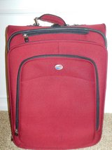 American Tourister  Suitcase in Fort Belvoir, Virginia