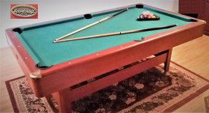 Pool table 7 ft.,  like new in Wheaton, Illinois
