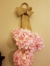 Nwt shabby chic flower decor in Lawton, Oklahoma