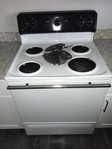 GE Electric Stove/Oven in Vacaville, California