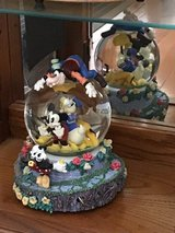 Rare Mickey and friends snowglobe in Joliet, Illinois