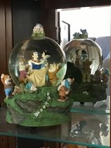 Snow White snowglobe in Westmont, Illinois