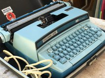 Electric Typewriter in Bolingbrook, Illinois