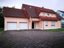 Freest. house with doublegarage in Kindsbach ( near Ramstein and Vogelweg) in Baumholder, GE
