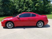 2010 Nissan Altima Coupe 3.5SR in Pleasant View, Tennessee
