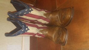 Laredo American flag boots in Pleasant View, Tennessee