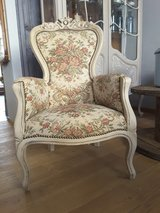 2 Vintage Tapestry Wingback fireside Salon / Boudoir Chairs in Ramstein, Germany