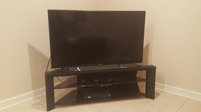 48 inch Sony flat screen with corner glass display available 08/12/2018 in Plainfield, Illinois