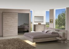 United Furniture - US Size-Calif King-Bed Set Without Wardrobe $1730 -- with delivery & set up in Grafenwoehr, GE