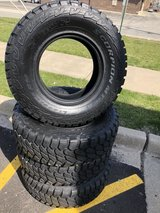 4 LT265/75R16 Pirelli Scorpion in Bartlett, Illinois