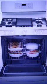 GE  White Gas CONVECTION Oven/ Range in Alamogordo, New Mexico
