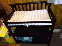 GRACO Brown Wooden Changing Table in Fort Polk, Louisiana