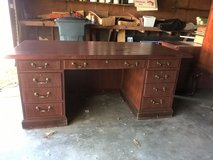 Office Furniture -- CHEAP -- in Kingwood, Texas