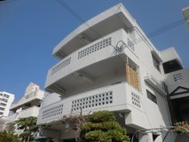3bed/1bath in chatan(river side3F) in Okinawa, Japan