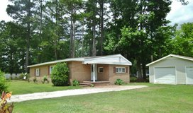 3Bed/2Full Bath Home Available Today! in Camp Lejeune, North Carolina