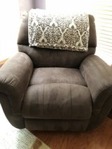 2 Brown Recliners in The Woodlands, Texas