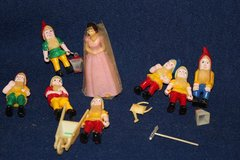 C. 1969 Snow White and Seven Dwarfs Cake Topper (Reduced) in Alamogordo, New Mexico