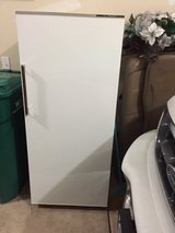 White fridge in Tinley Park, Illinois
