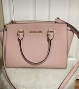 Michael Kors Purse in Spring, Texas