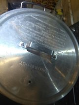aluminum pot, extra large five gallons in New Orleans, Louisiana