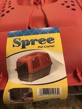 Spree Pet Carrier in Chicago, Illinois