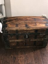 vintage trunk in Fort Campbell, Kentucky