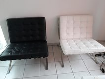 4 Barcelona Chairs (2 white and 2 black) - 100% Italian Selected Natural Leather in Ramstein, Germany