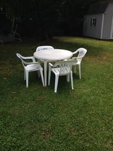 Outdoor Tables and Chairs in Camp Lejeune, North Carolina