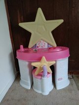Kids Vanity with Stool in Beaufort, South Carolina