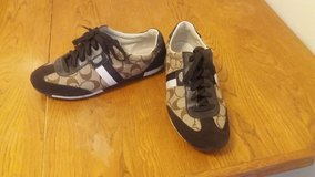 Womens Coach Sneakers 9 in Naperville, Illinois