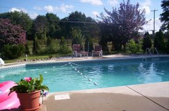 Beautiful 4 bdrm home with gorgeous pool in Stuttgart, GE