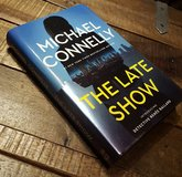 Michael Connelly The Late Show Hardcover in Ramstein, Germany