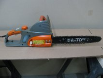 Remington Electric Chain Saw 16inch Blade in Fort Campbell, Kentucky