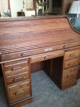 Roll top desk in Barstow, California