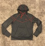 Nike DriFit pullover hoodie xs/s in Chicago, Illinois
