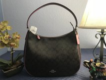 Coach shoulder bag in Fairfield, California